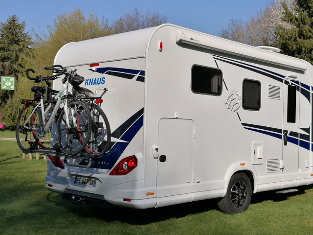 Metallic paint on the cab and alloy wheels add an upmarket look to the 650 MX and the neat awning hardly interrupts the smart lines of this great looking motorhome