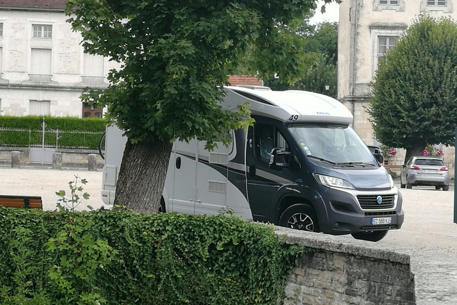 A Knaus 550 MF, pulling up at the Tourism Office to get some local information in The Champagne Region