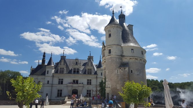 The fairytale chateau of Chenonceau, just one of the many splendid things to see on a European motorhome trip