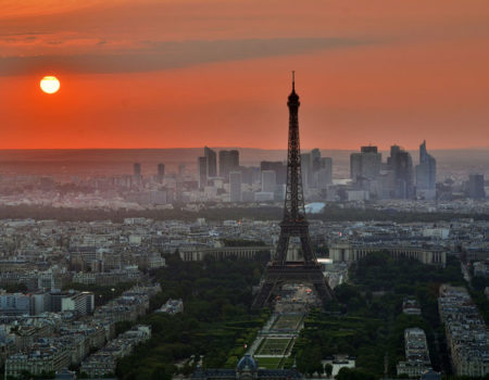 Can I stay in Paris in my motorhome?