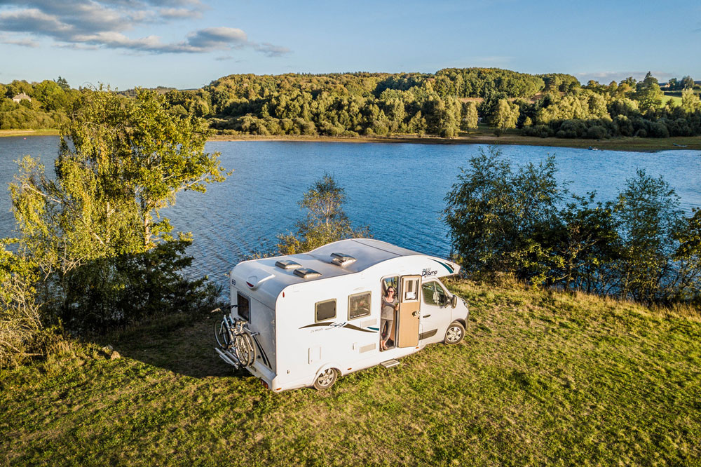 A 2017 model Sky 20 touring the lakes and natural parks of France. This one is for sale right now