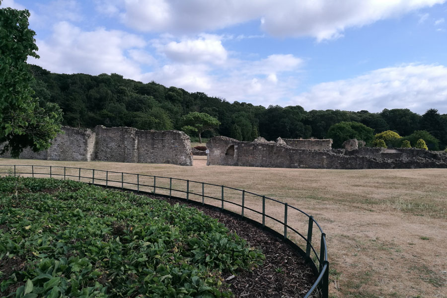 The Ruins of Lesnes Abbey at Abbey Wood made for a pleasant walk near the campsite