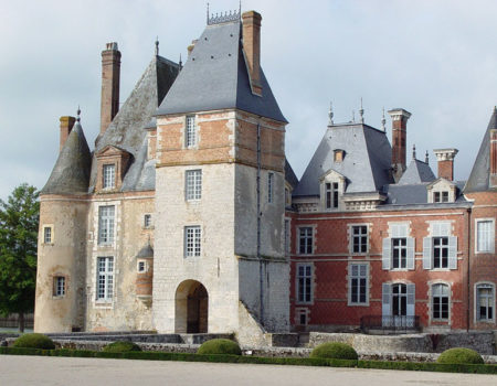 Some lesser-known Burgundy wines to discover on a short break near our base