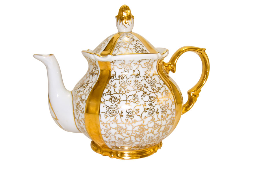 You don't have to have a melamine teapot on a motorhome, fine china travels well as long as you stow it safely and don't do any off roading